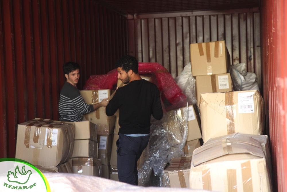 remar envio de contentores de ajuda humanitária