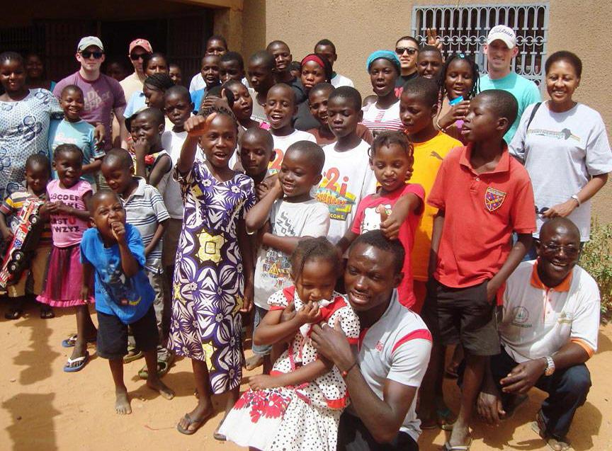 ONG em Africa - Apoio social