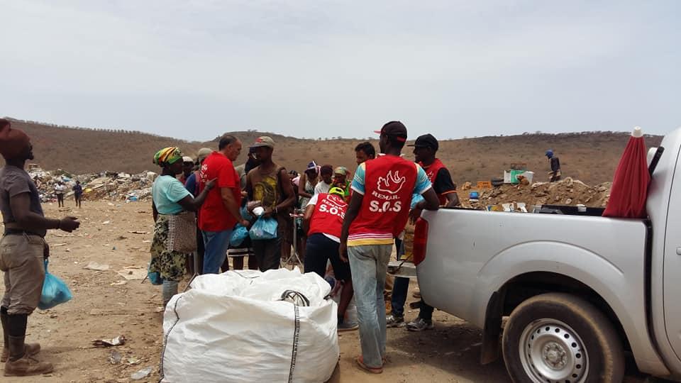 Apoio às pessoas carenciadas - Remar SOS