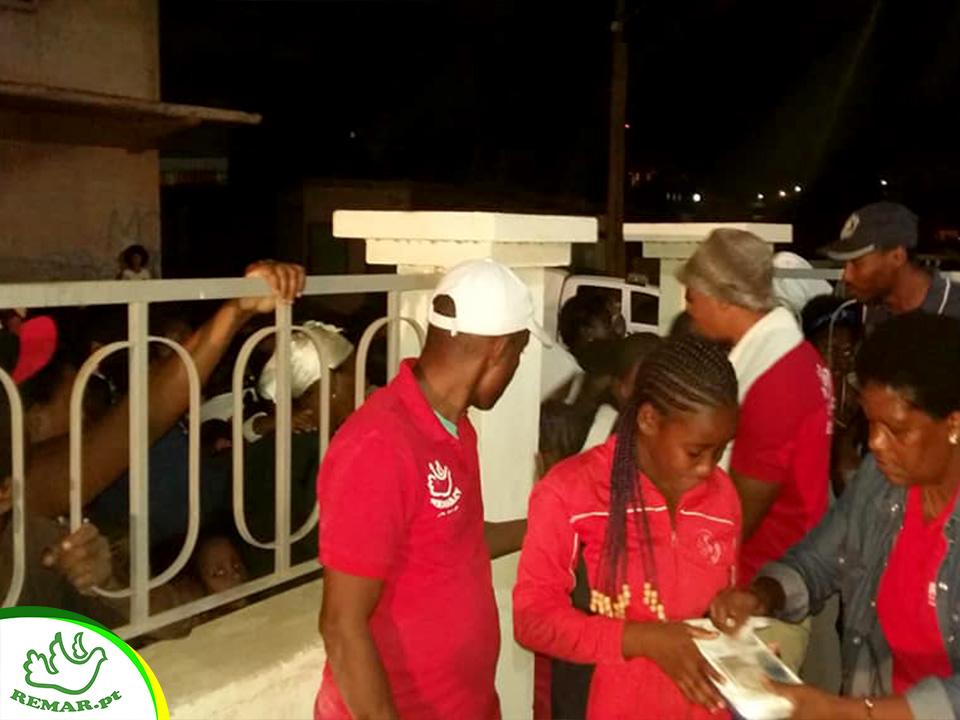 Remar Cabo Verde celebra o natal com crianças pobres e comunidade carente