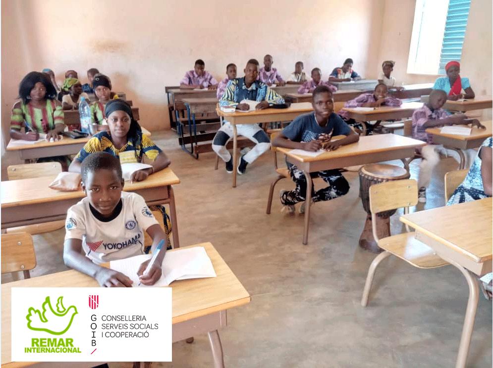 Remar Africa apoio infantil na educação