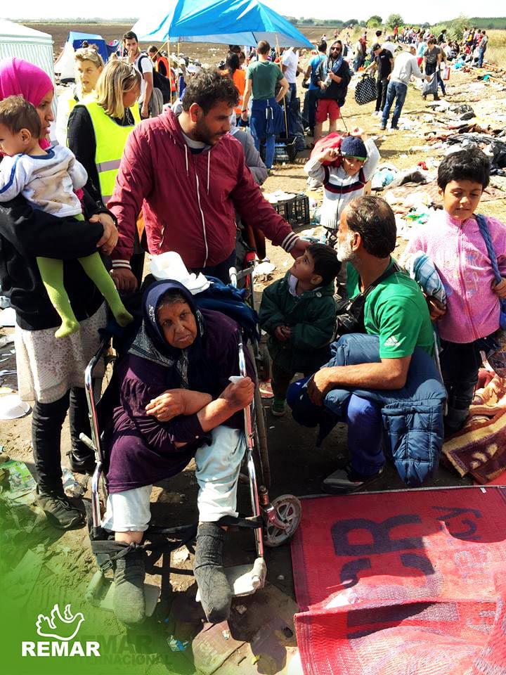 Remar SOS e a ajuda aos refugiados em Grecia