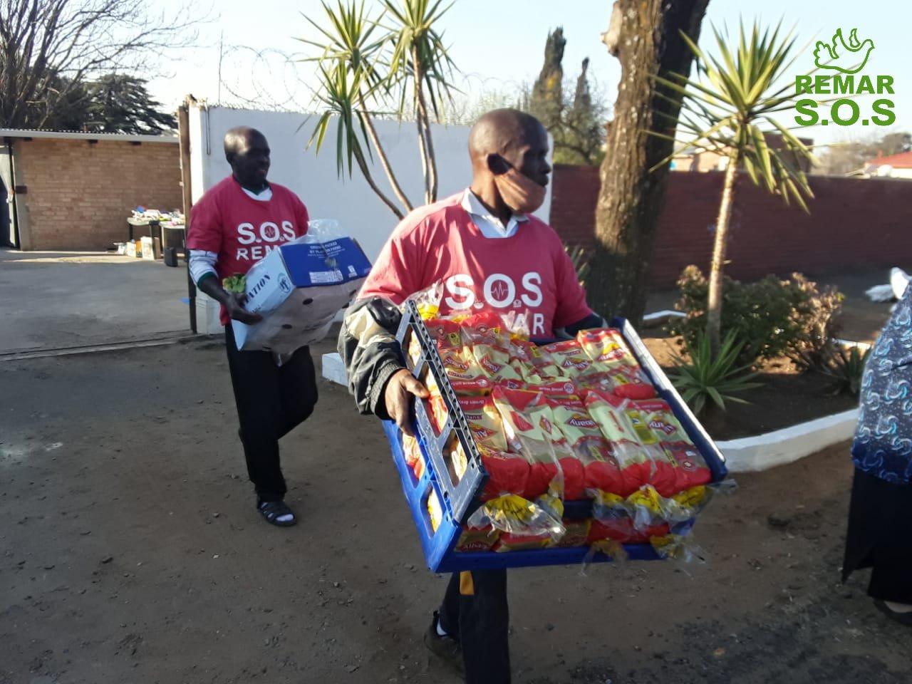Projetos de apoio social incondicional SOS